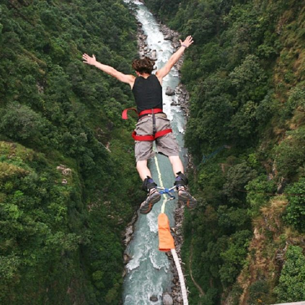 Bungee Bhotekoshi River bungy jumping