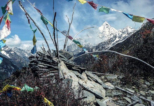 Everest Three High Pass Trekking Everest Three pass trekking Khumbu region