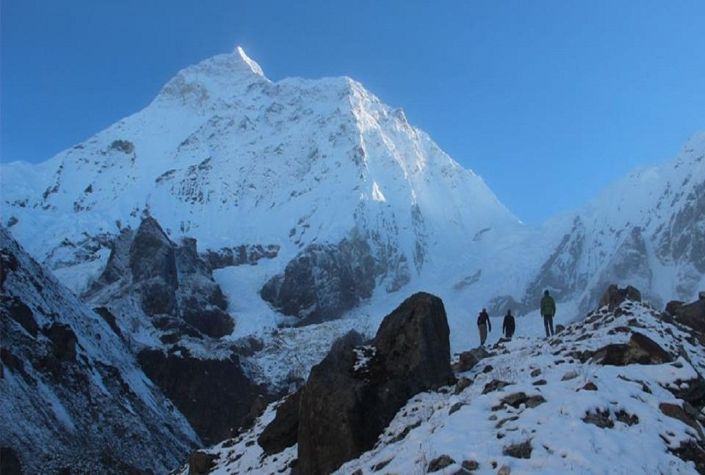 Makalu Base Camp trekking, Trek to Makalu BAse Camp