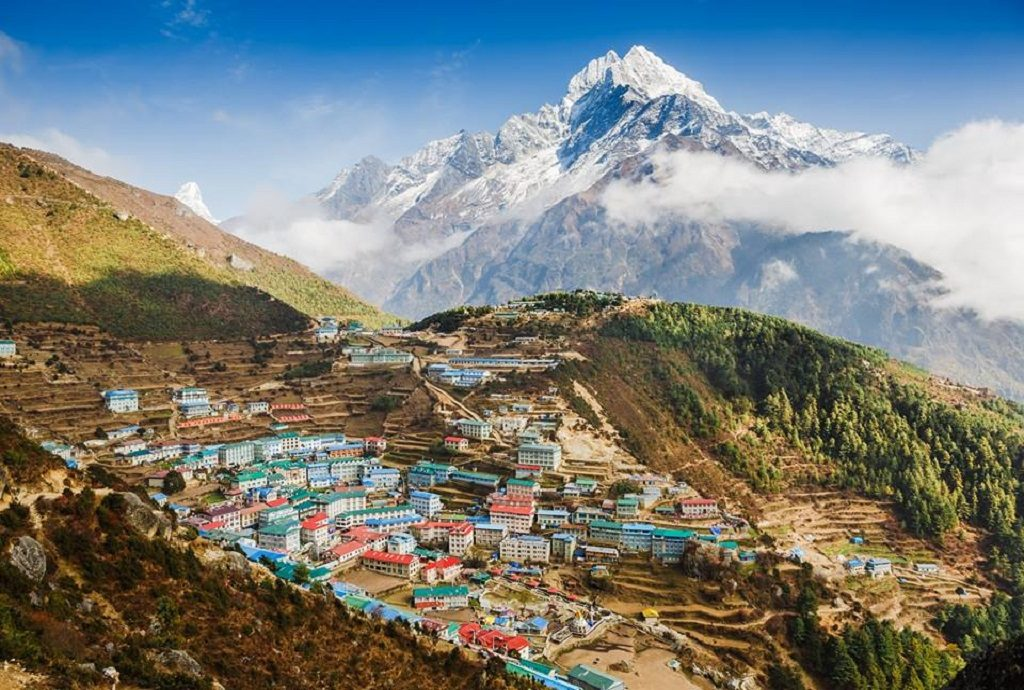 Namche Bazar market get way to Everest
